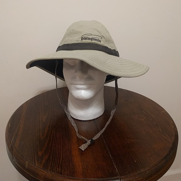 Patagonia fly fishing bucket hat. M 5b3ec1db619745c2c3c4ab37 d8d8d2b3672b